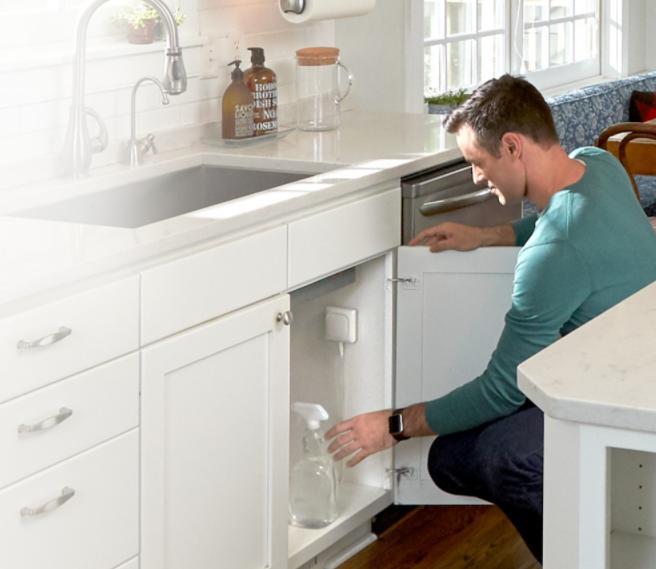 Il rilevatore W1 monitora l'umidità, le perdite d'acqua e il gelo nelle tubature