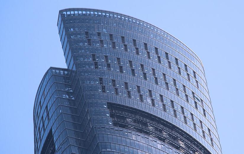 Rivestimento a doppia pelle per la Shanghai tower