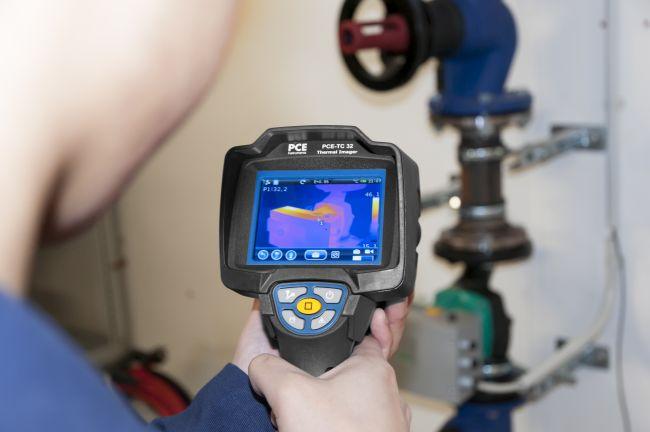 Termocamera PCE-TC 32 per ispezione negli edifici