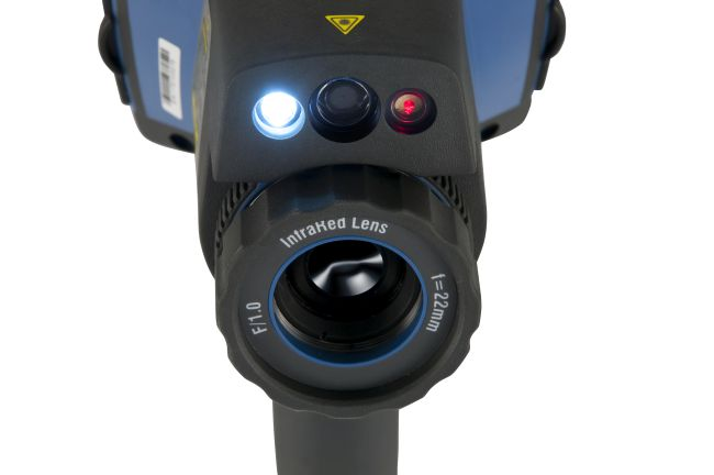 Termocamere PCE con immagini nitide grazie alla sorgente LED