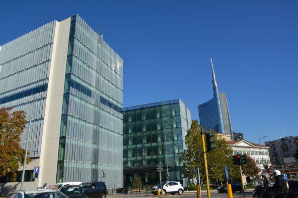Panoramica sede Amazon Milano, con vista Unicredit