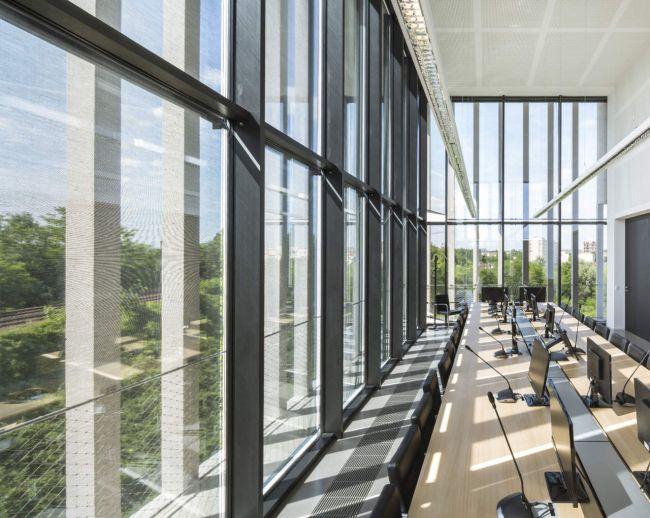 IDF Habitat Headquarter, edificio è luminoso e arioso