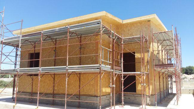 I vantaggi dell 39 isolamento a cappotto per le case in legno for Planimetrie efficienti in termini di costi