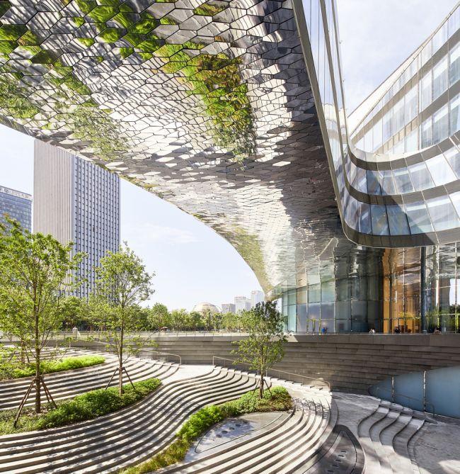 Raffles City ha ottenuto la prestigiosa certificazione LEED.
