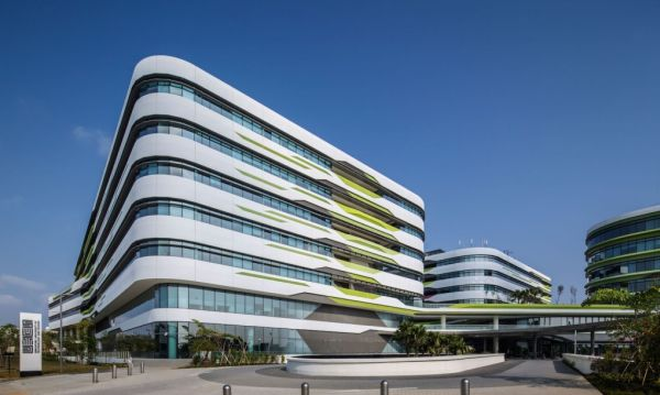 L'esterno del campus eco-sostenibile di Singapore University of Technology and Design