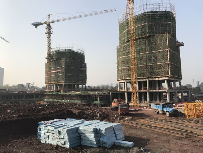 Fasi del cantiere Xiantao Big Data Valley masterplan a Chongqing