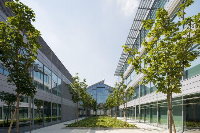 Le serre del Nuovo headquarters Prysmian Group