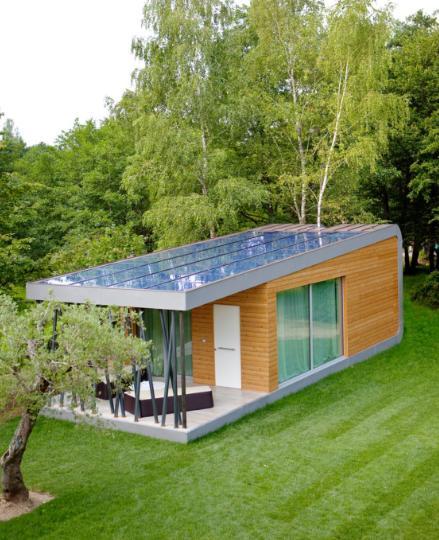 Pannelli fotovoltaici in copertura del modulo abitativo Green_Zero