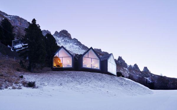 Architettura eco-sostenibile per il rifugio Oberholz dello studio Peter Picheler Architecture