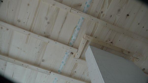 Interno in legno villa Arcisate ad alta efficienza energetica