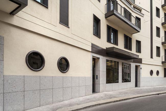 serramenti a oblò nel piano rialzato del progetto Fatebenefratelli 14