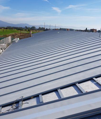 Isotec parete per l'isolamento della copertura della Palazzina polifunzionale del Ciclodromo di Ponte Buggianese
