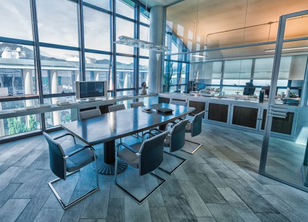 I vantaggi dei sistemi radianti negli uffici