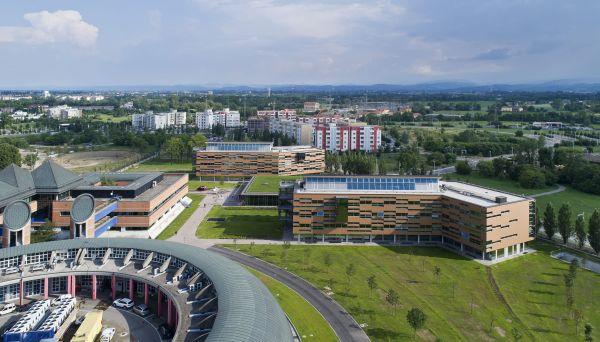 Il complesso Green Life di Crèdit Agricole a Parma