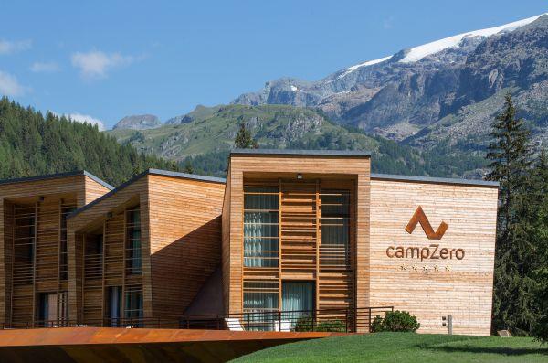 L'albergo CampZero di Champoluc con i 3 blocchi di camere