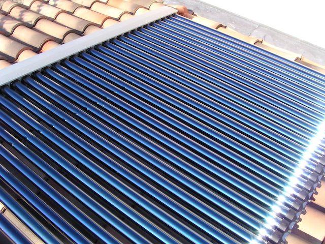 Perché scegliere i pannelli solari termici. I pannelli solari termici  servono per produrre l acqua calda ... 1903a2fcbd9