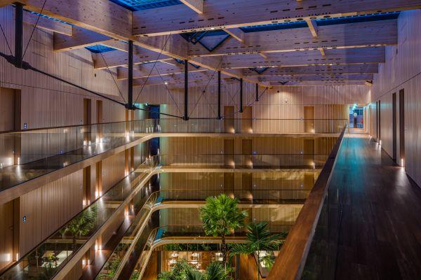La zona interna del Green Hotel Jakarta di Amsterdam