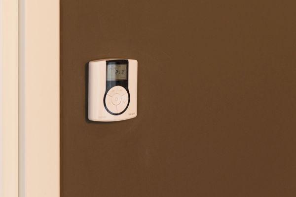 termostati KNX da parete di Gewiss