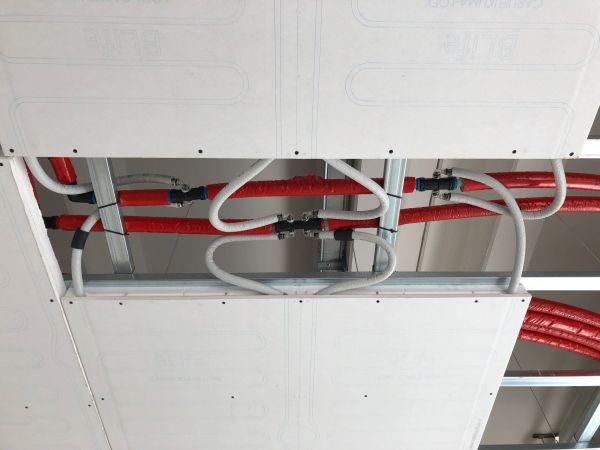 sistema di riscaldamento e raffrescamento a soffitto BLife di Loex
