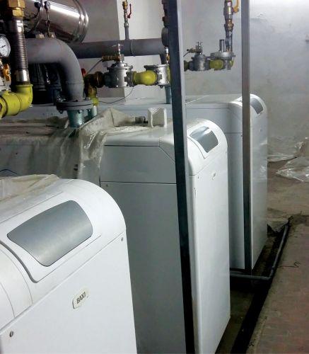 Tre caldaie Baxi POWER HT-A a terra a metano per un condominio a Terni