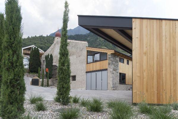 Soluzioni Hoval integrate ad alto risparmio energetico e a minimo impatto ambientale per un maso in Trentino