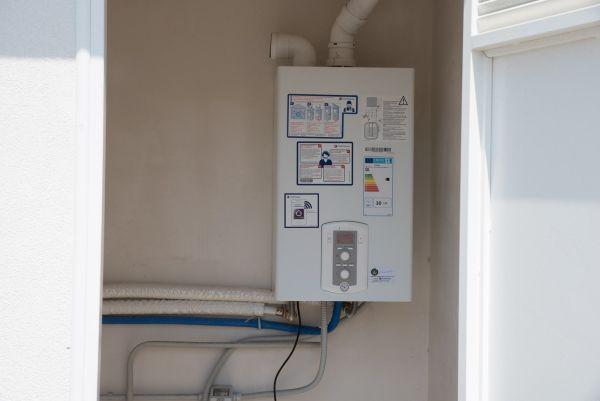 Nuovo complesso residenziale a Napoli, caldaia a condensazione Mira Advance System di Chaffoteaux