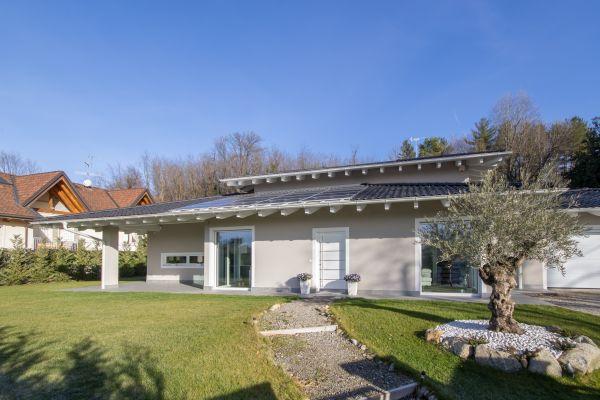 Vario Haus realizza una villa Varese: Consumi energetici irrisori e massimo comfort