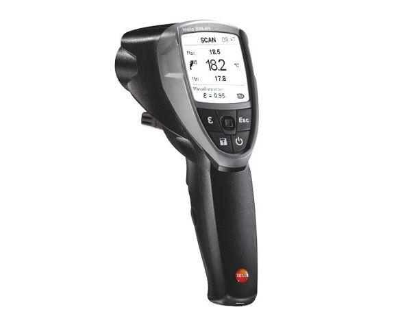 Il termometro a infrarossi 835-H1 di Testo per individuare umidità negli edifici