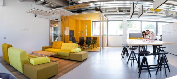 Nuova sede a Milano di Progetto CMR, sostenibile e di design