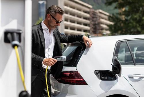 Neogy, servizi di ricarica per le auto elettriche