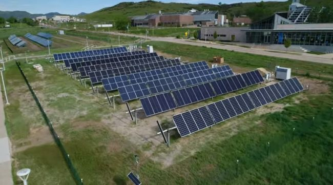 Pannelli fotovoltaici bifacciali: più energia allo stesso costo