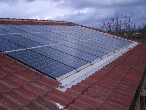 Per gli impianti termici o fotovoltaici integrati nei tetti ...