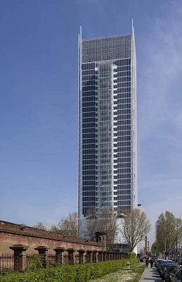 Il grattacielo sede di Banca Intesa