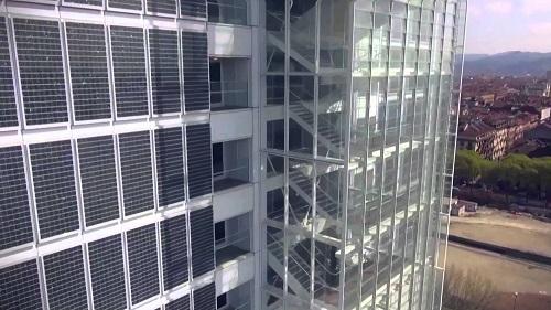 Le facciate con i pannelli fotovoltaici