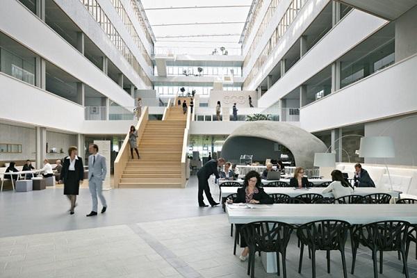 Hall di incontro centrale