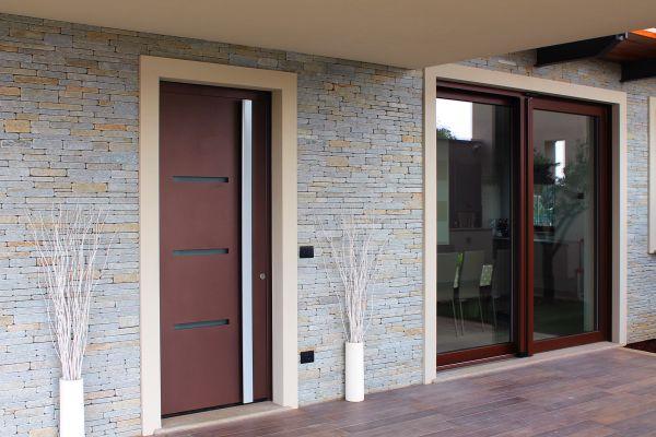 Illuminazione Portone Ingresso : Porta d ingresso ad elevato isolamento termico thermosafe