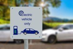 Energia e auto elettrica: la transizione energetica si muove su 4 ruote