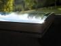 Una finestra curva da tetto  che dona luce
