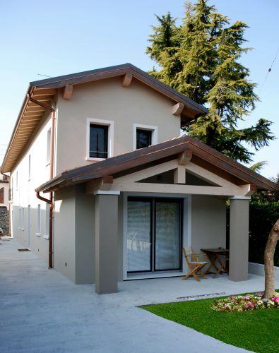Sistema radiant design zone per la ristrutturazione di un abitazione in classe a - Colori per esterni case foto ...