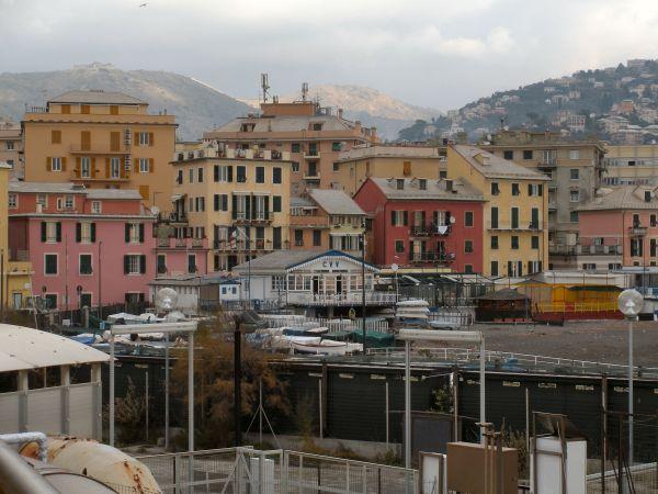 In liguria riqualificazione energetica di edifici for Progettazione di edifici residenziali