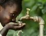 Sistema per la trasformazione di acqua salata in acqua potabile