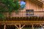 La Laugenlodge, casa sull'albero realizzata in bioedilizia dallo Studio Solarraum a San Pancrazio