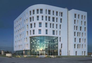 Architettura sostenibile e rinnovabile per il nuovo headquarter Forti