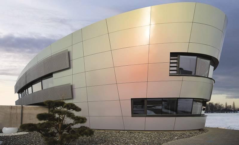Isolamento e rivestimento di facciate ventilate con REDAir®