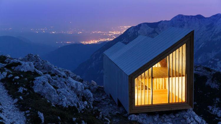 Il rifugio moderno per resistere al clima rigido: Alpine Shelter Skuta