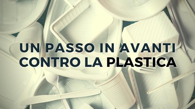 Verso lo stop della plastica monouso: approvata legge di delegazione europea