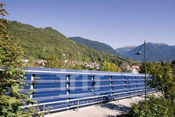 Barriera antirumore fotovoltaica