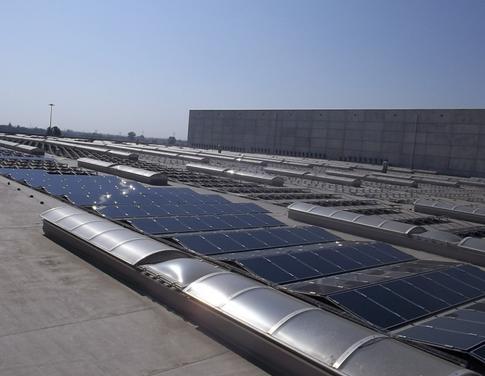 Impianto fotovoltaico all'Ikea di Piacenza