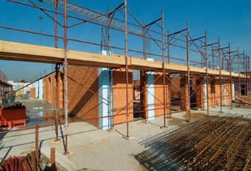 Il cantiere a Soncino in fase di realizzazione con blocchi Poroton