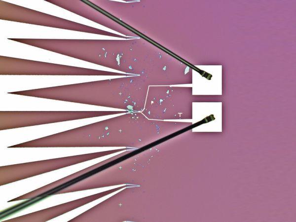 Per il fotovoltaico di domani celle solari flessibili e semi-trasparenti